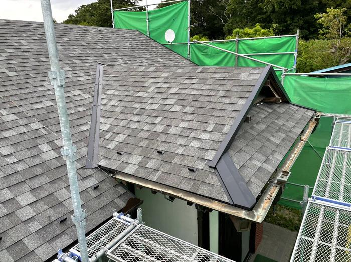瓦屋根をシングル屋根に葺き替え