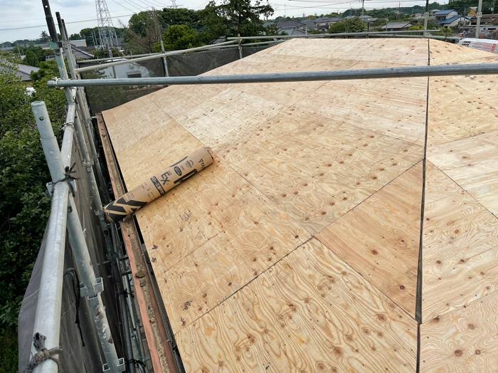 パミール葺き替え工事野地板新設