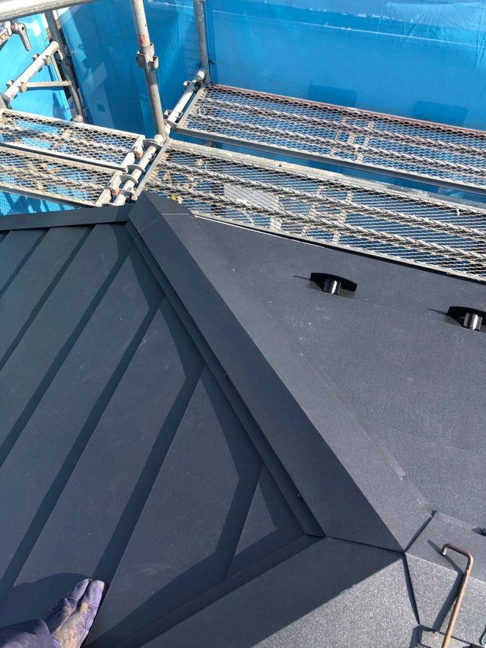 施工後の屋根の風景