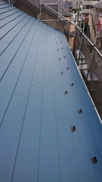 カバー工事した後の屋根