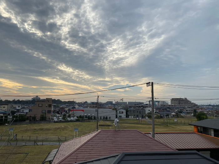 屋根からとった夕焼け