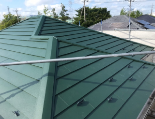 横暖ルーフ屋根完成