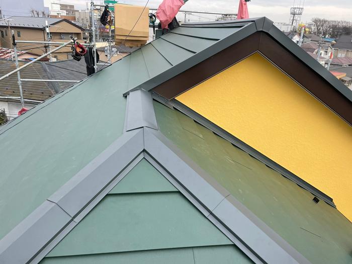 ガルバニウム屋根完工