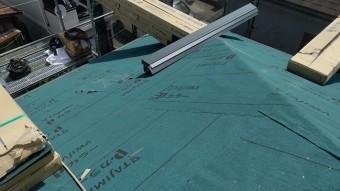 川口市の屋根工事アスファルトルーフィングの施工