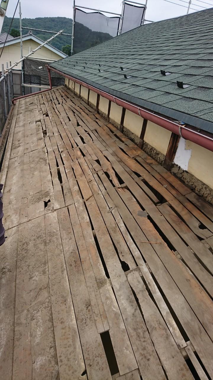瓦屋根葺き替え工事、屋根野地板